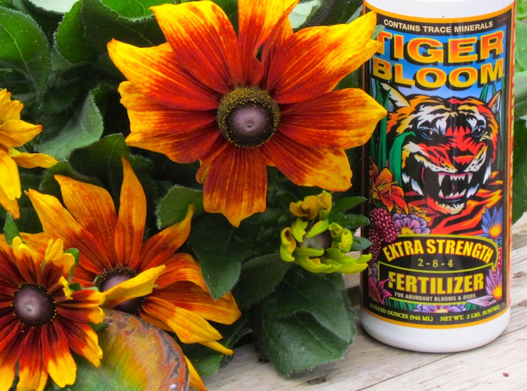 Tiger Bloom Plant Fertilizer