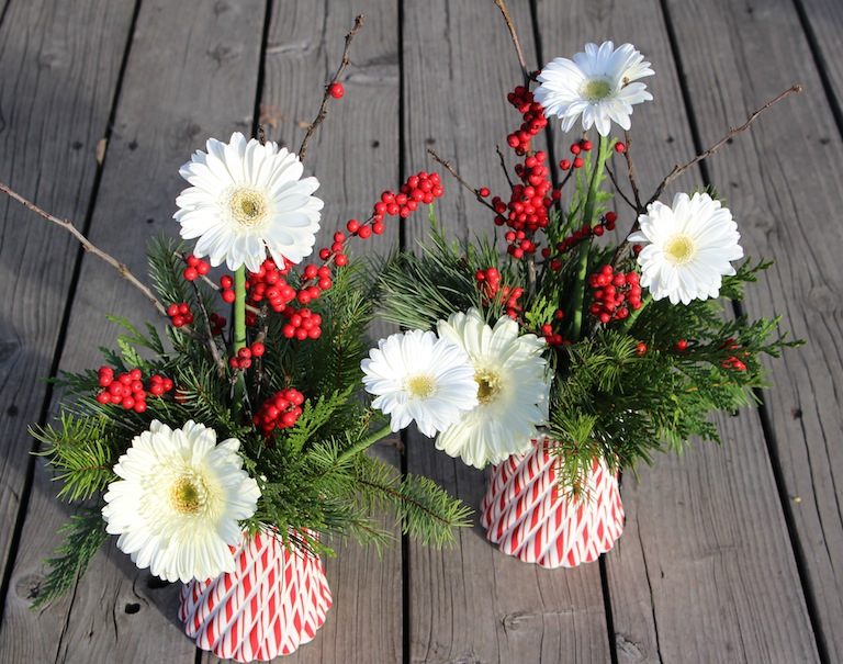 Christmas Centerpiece with white gerber a daisies
