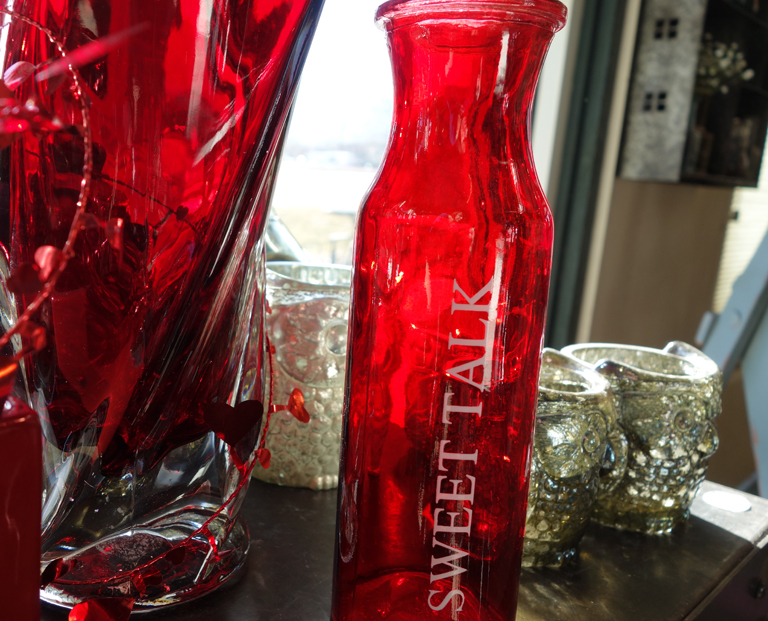 Red Valentine Vases
