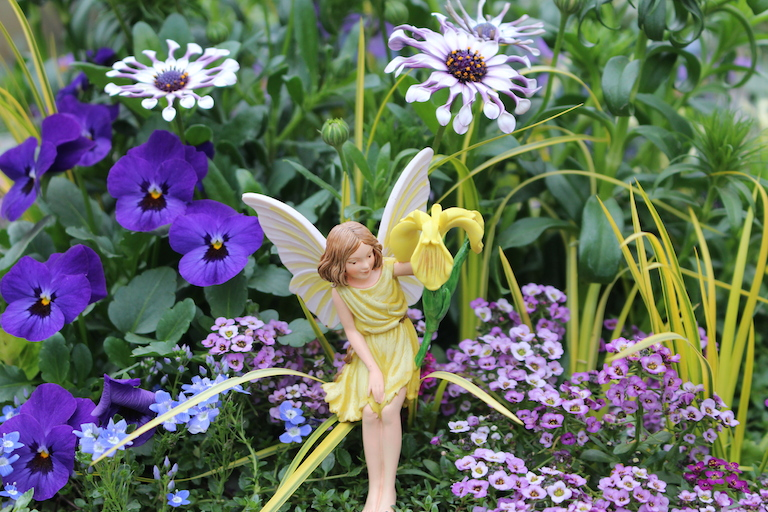 Sturtz and Copeland Fairy Gardens Delight Young and Old