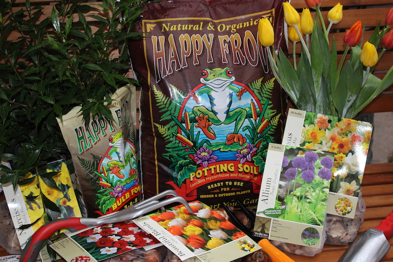 Happy Frog Organic Potting Soil and Bulb Food